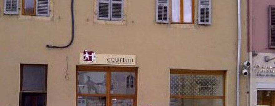 courtim magasin assurance banque courtier pontarlier commerce pontarlier centre. Black Bedroom Furniture Sets. Home Design Ideas